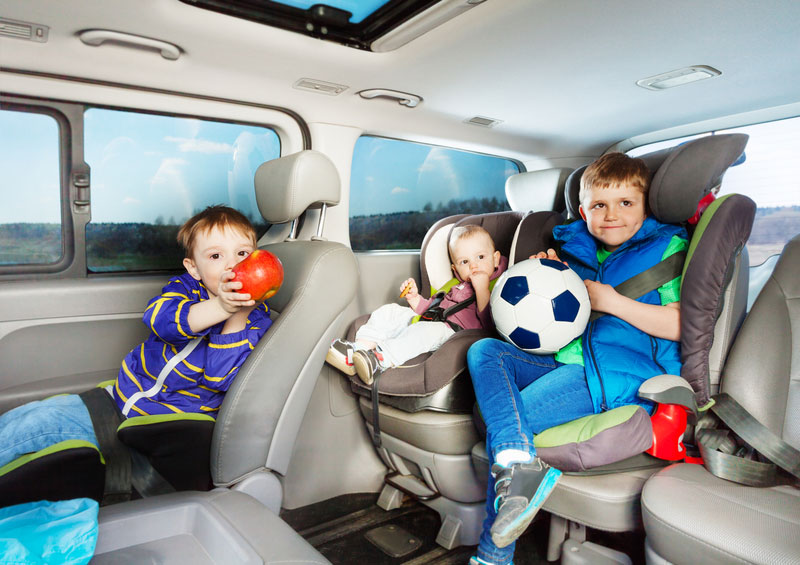 Kids in minivan - Family car games | Hong Kong Auto Service Wilmette IL