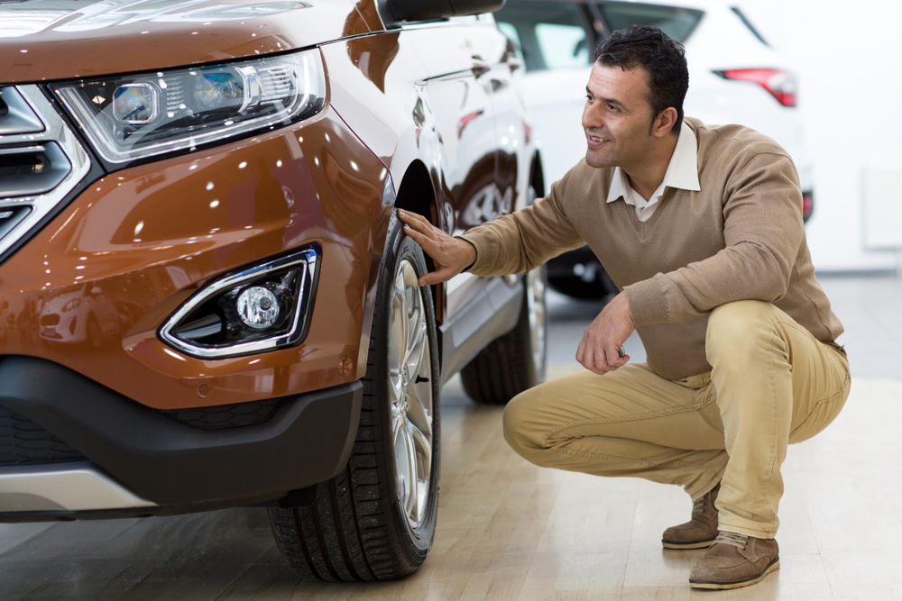 buying-a-pre-owned-car.jpg (1000Ã?667)